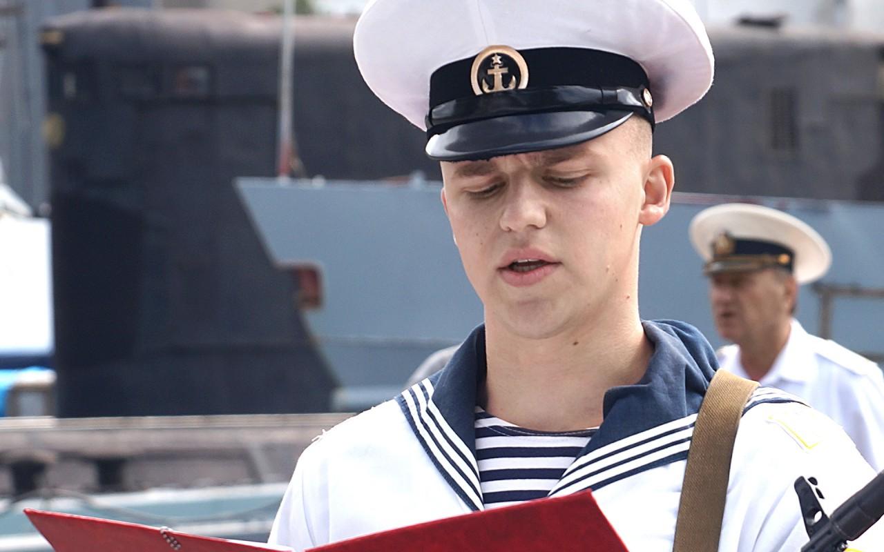 сначала фото владивостокских курсантов мореходов богоматери