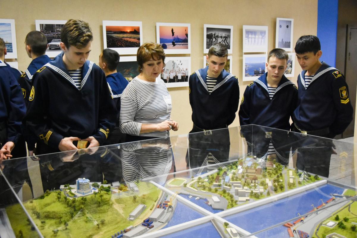 Sakhalin cadets visit the University